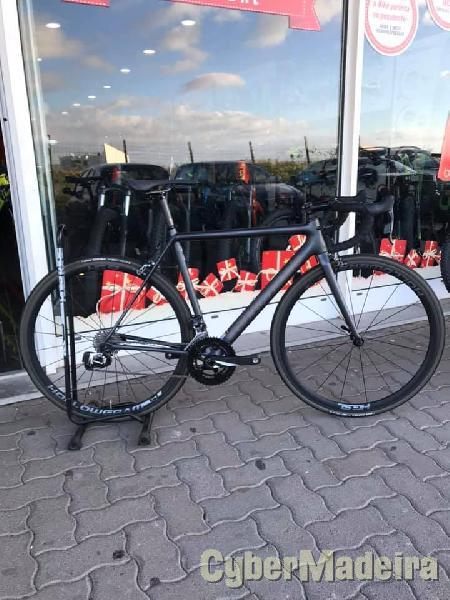 CANNONDALE SUPERSIX EVO CITY Menino