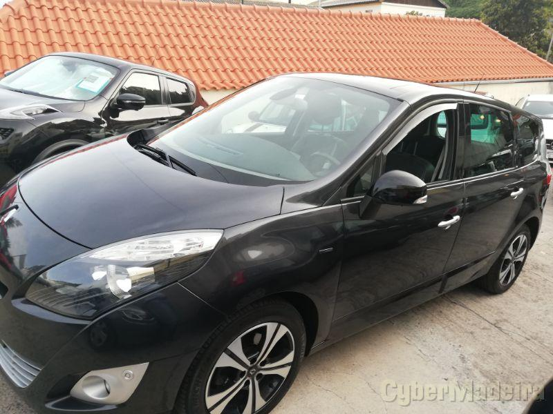 RENAULT SCENIC 1.5 DCI Bose Edition - 7 lugares Gasóleo