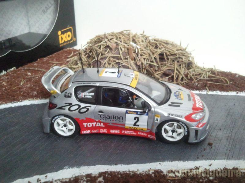 Ixo - Peugeot 206 WRC - D. Auriol - Winner Rally Catalunya 2001 - Escala 1:43