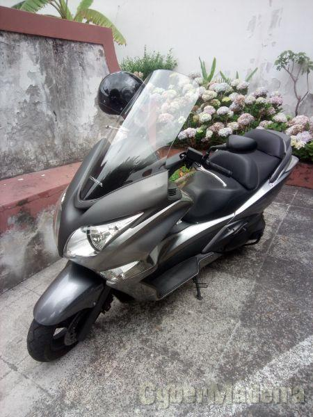 Honda Scooter 400 cc Scooter